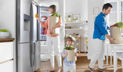 Signs that Indicate You Need to Consider Buying a New Refrigerator